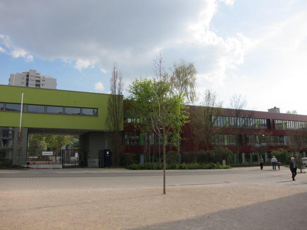 Runder Tisch Carlo Mierendorff Schule Preungesheimnet